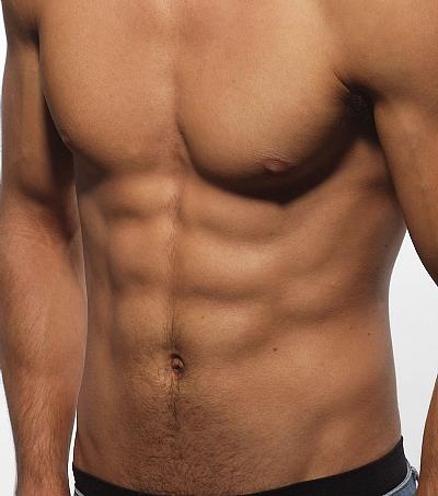 הגדלת שרירי חזה לגבר